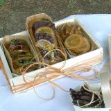 Pastelillos en caja de madera