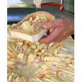 Tartiflette preparada en bandeja de gratinado